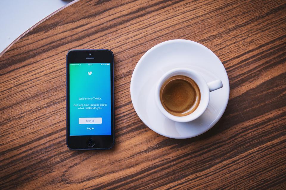 twitter hacks coffee cup