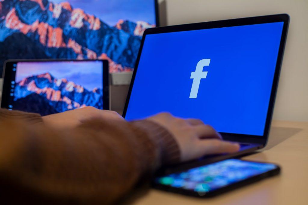 social media updates facebook